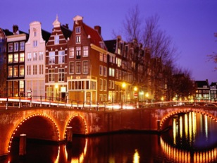 City_Lights,_Amsterdam,_Netherlands
